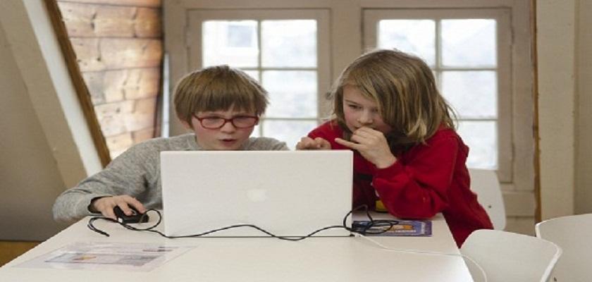 Skypende kids: prietpraat voor de camera